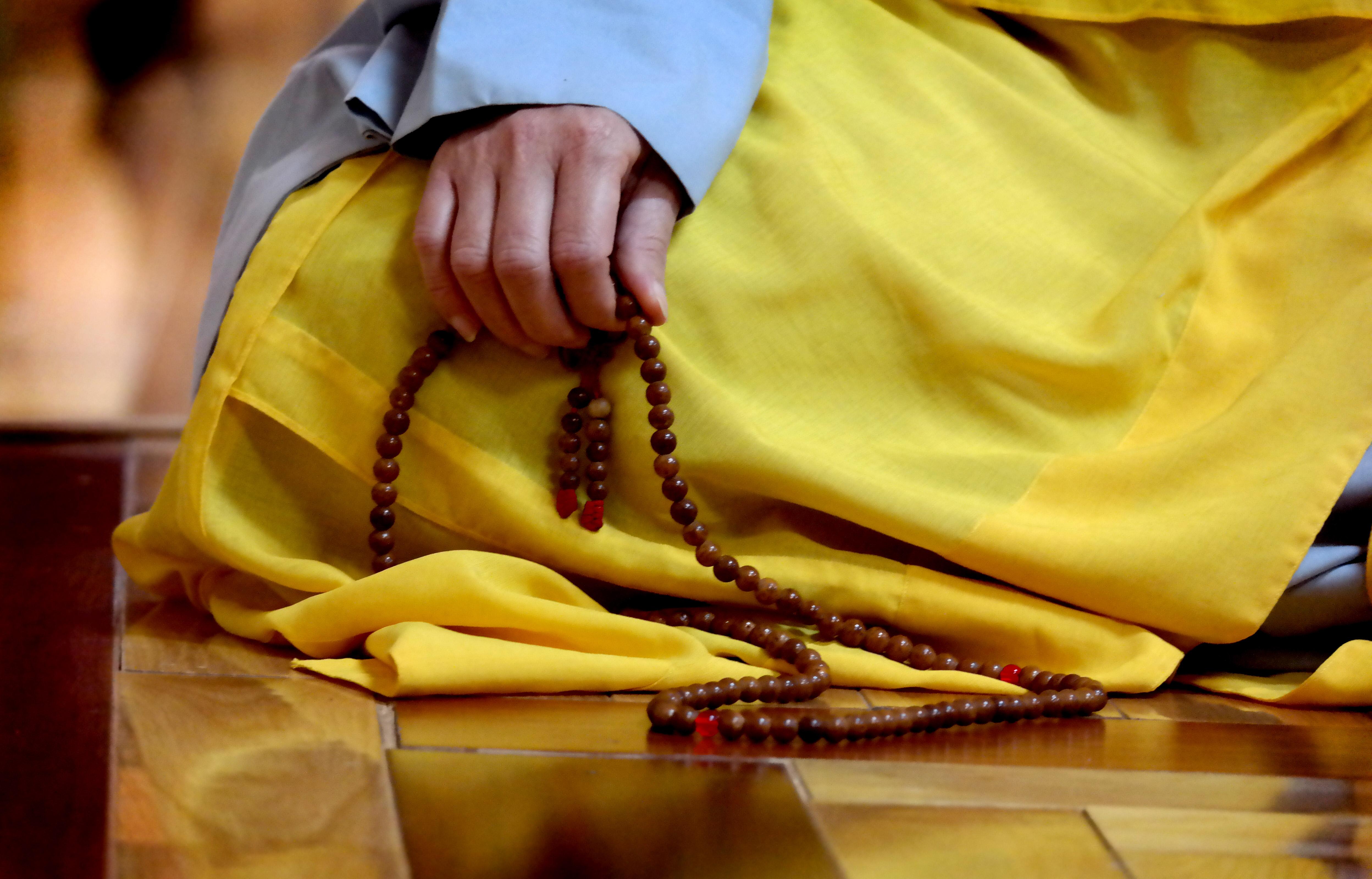 האנושות מחפשת רוחניות